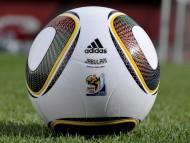 Ball 2010 / Football