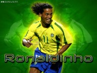Download Ronaldinho / Football