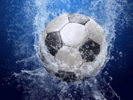 Ball in water / Football