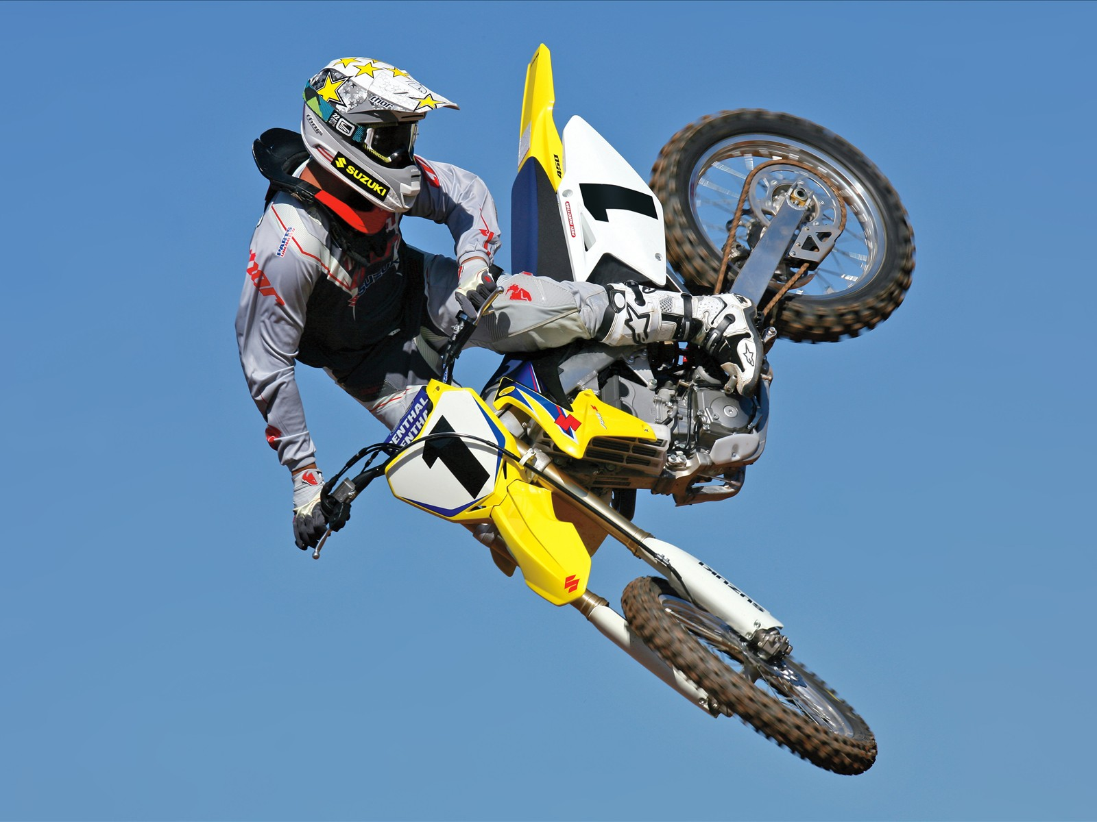 """motocross a sport to remember Hurricane hills/mt holly motorsports """"win a bike contest""""  remember to please support the companies that support you  hurricane hills sports center."""