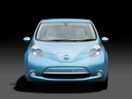 Zero Emission LEAF blue front / Nissan