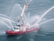 Fireboat / Ships and Boats