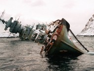 Abandoned ship near Murmansk / Ships and Boats