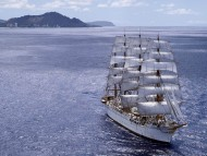 Under sail / Frigates & Sailing ships