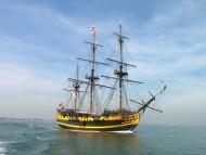 Frigates & Sailing ships / Vehicles