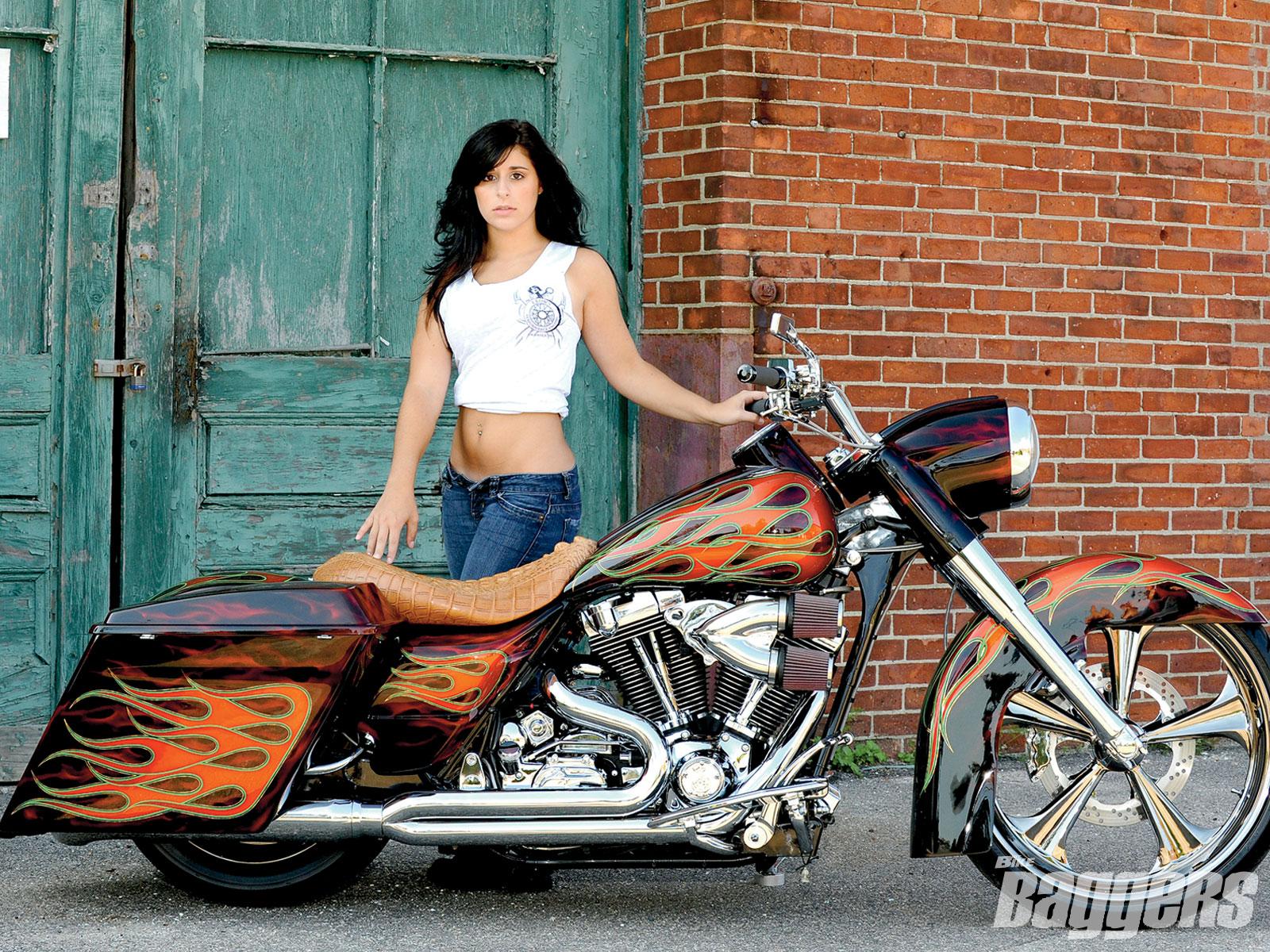 Girls And Motorcycles 1dbaf531jpg