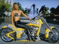 Yellow bike / Girls & Motorcycles