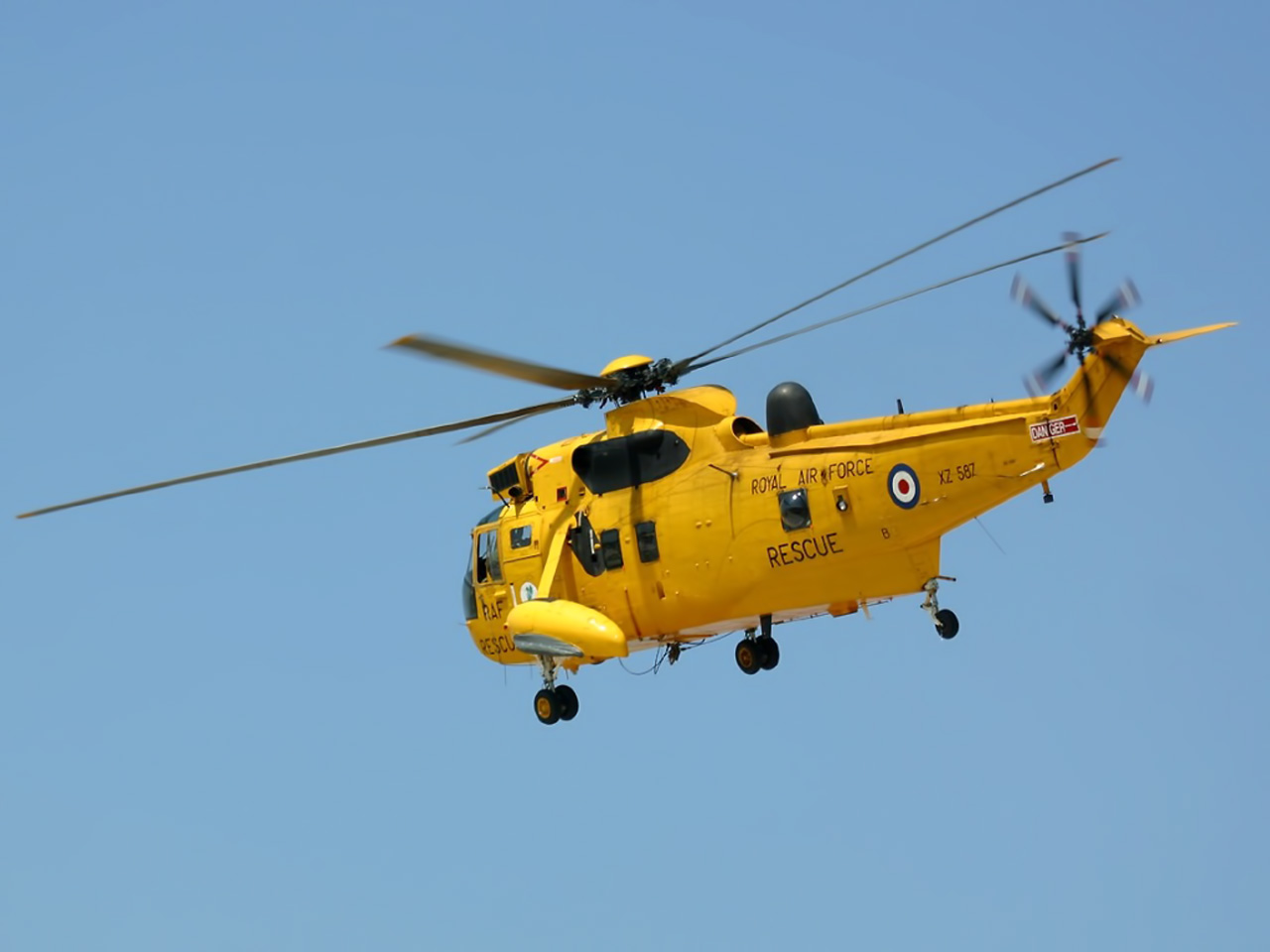 free download hq yellow helicopter wallpaper num. 284 : 1280 x 960