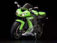Kawasaki Ninja ZX 10R green / Motorcycle