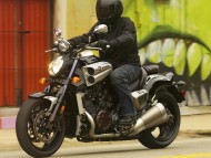 new v-max / Motorcycle