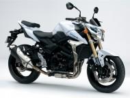Suzuki 750 GSR / Motorcycle