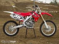Honda / Motorcycle