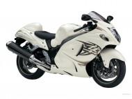 CXX1300 Suzuki white / Motorcycle