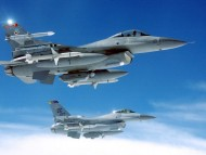 F-16 Fighting Falcons / Military Airplanes