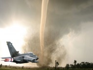 tornado / Military Airplanes