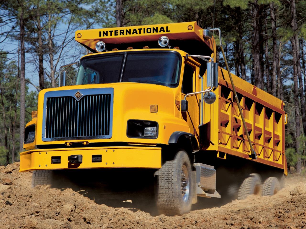 Download full size Trucks wallpaper / Vehicles / 1280x960