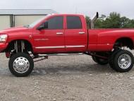 Dodge Ram 3500 / Trucks