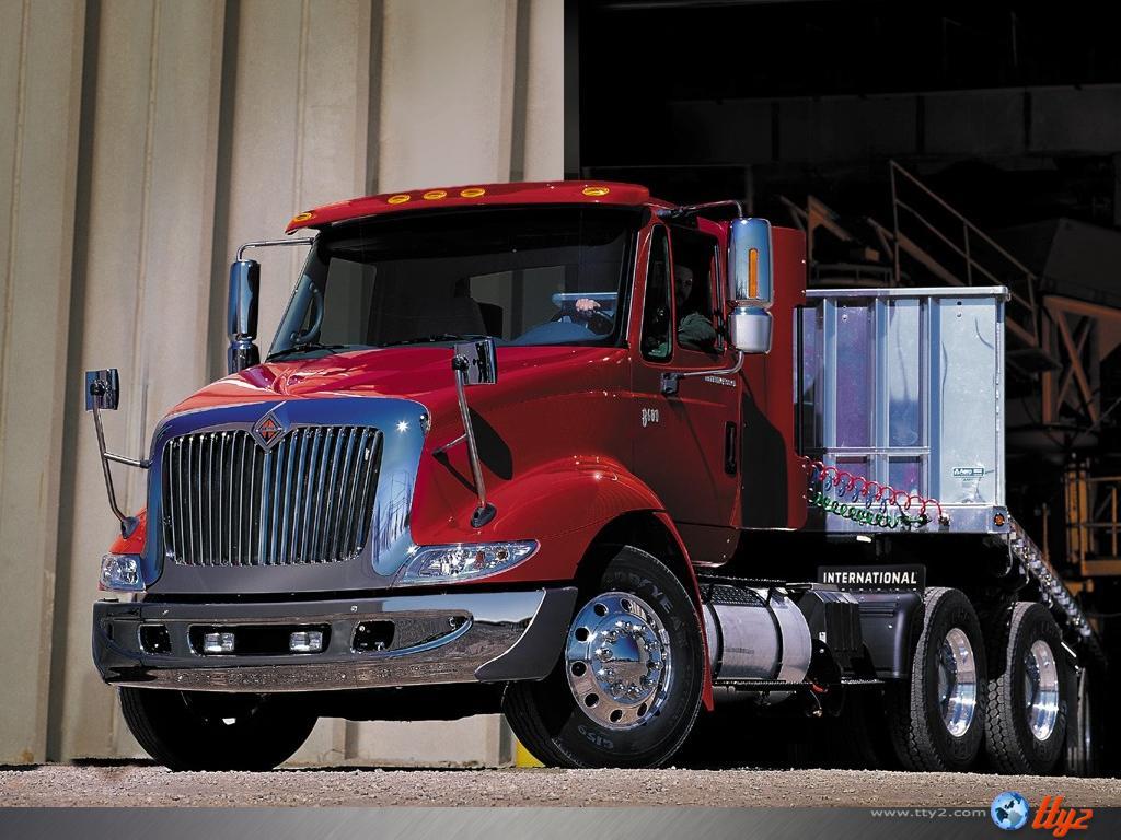 Full size Trucks wallpaper / Vehicles / 1024x768