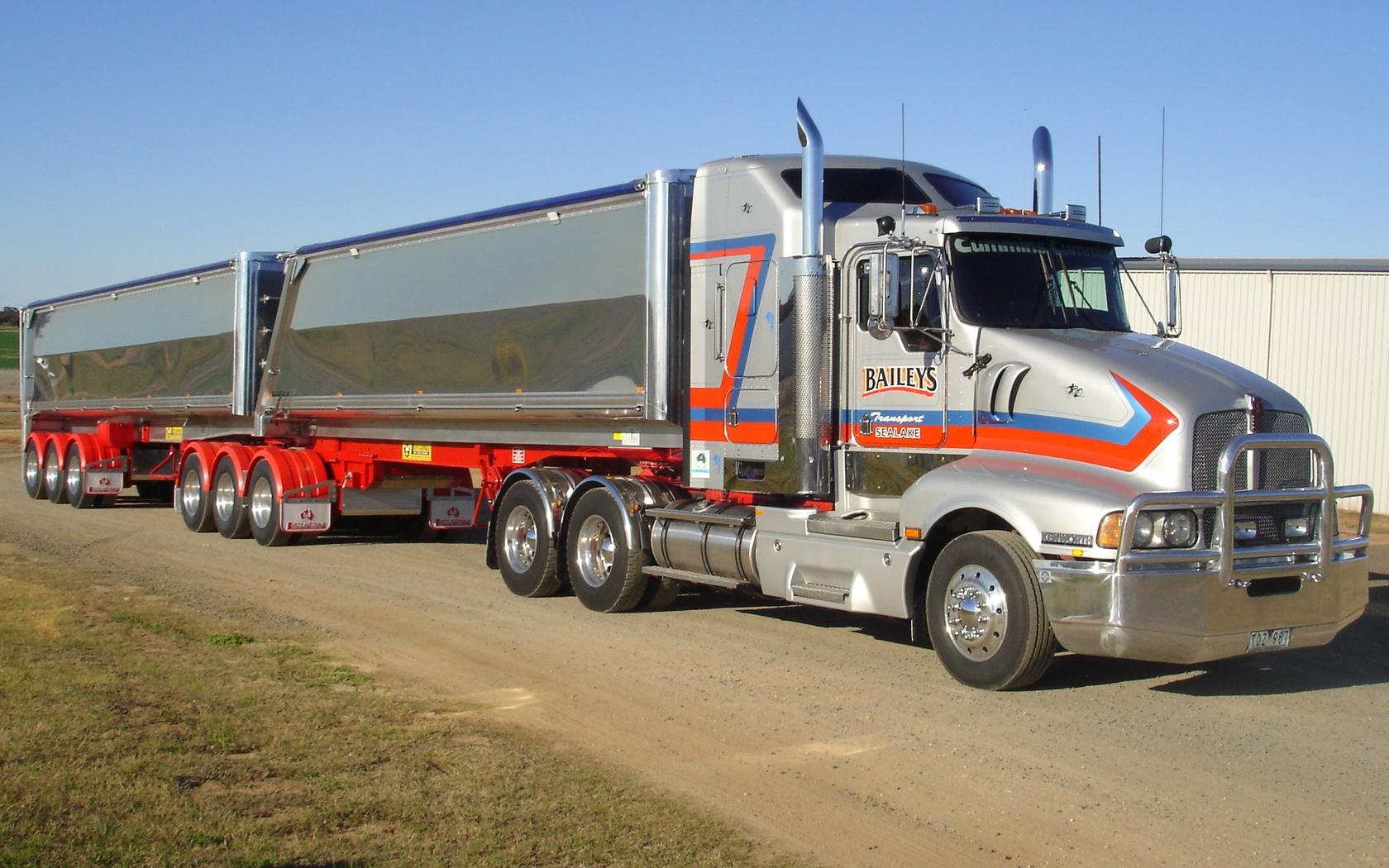 Free Download High quality Kenworth Trucks Wallpaper Num ...